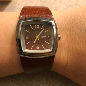 DKNY | leather band watch